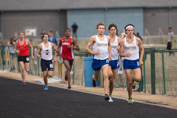 RHS men win Scott Hartman Relays; BHS men, women place 2nd