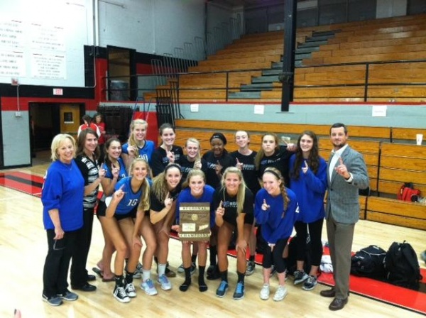 Brentwood volleyball downs Ravenwood for region title