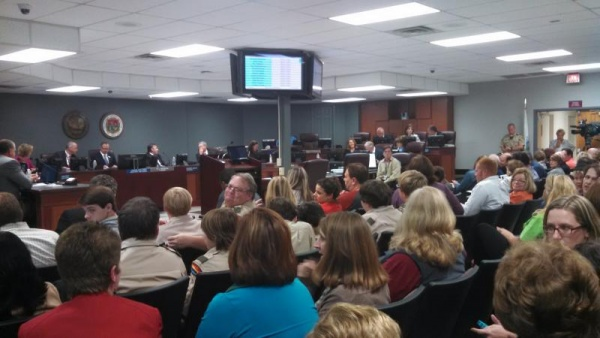 WCS board unanimously passes Common Core resolution