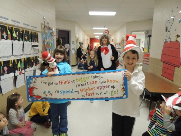 SLIDESHOW: Crockett kindergarteners enjoy Dr. Seuss parade