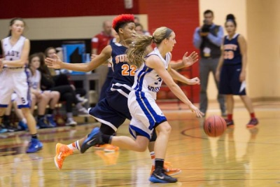 Lady Bruins escape scare from Summit, advance to 11-AAA finals