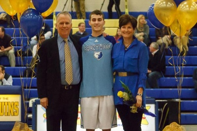 BHS recognizes senior basketball players before matchup against Independence
