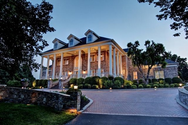 George Jones' expansive estate on the market | George Jones,Nestledown Farms,Brentwood TN real estate,Franklin TN real estate,Franklin Home Page,FHP