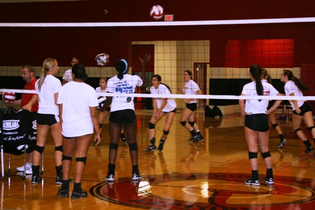 RHS volleyball team pins state hopes on all 10 players  | Ravenwood High School, RHS volleyball, Brentwood Home Page, Brentwood TN news, TSSAA volleyball, Tracey Berry,