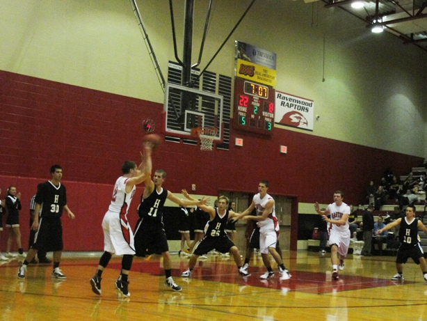 2010 BOYS BASKETBALL: Raptors have height to spare