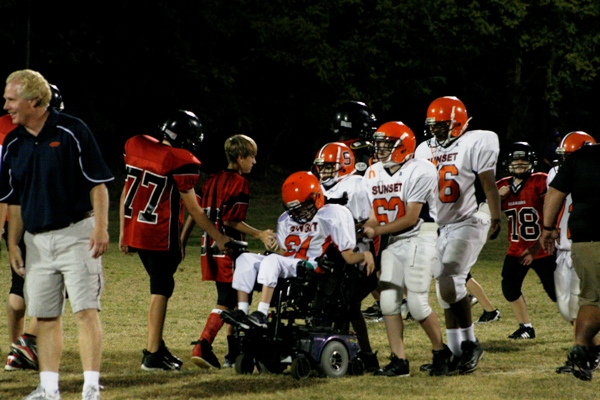 Wheelchair-bound player scores fans for life | sunset middle school, Woodland Middle School, jared stevens, football, cerebral palsy, mike archie, tennessee titans, ESPN, brentwood tn news, sports, brentwood home page, wheelchair player