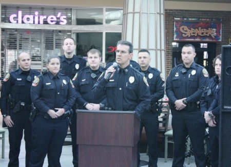 Police Implement Holiday Security Plan To Protect Mall