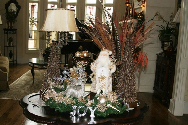 Holiday Home Tour returns for eighth year of cheer | christmas lights, red nose lighting, brentwood tn news, christmas, real estate