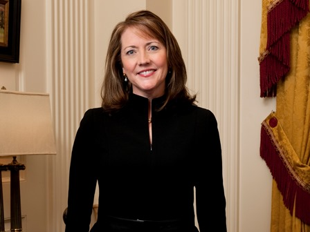 First lady to host chamber's Women to Women luncheon