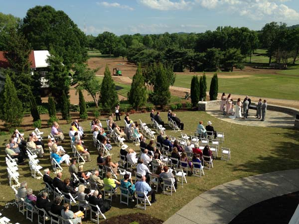 brentwood country club hosts wedding during construction