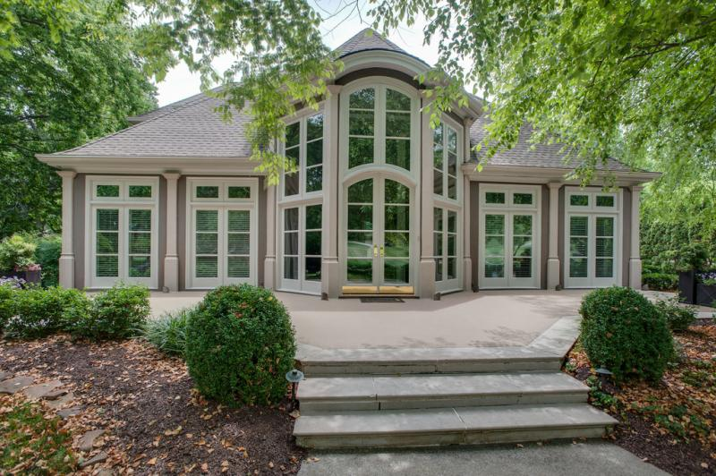 SHOWCASE HOME: Dekemont Lane property the paragon of elegance with a modern twist